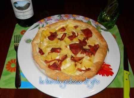 Pizza sfoglia con patate e panna