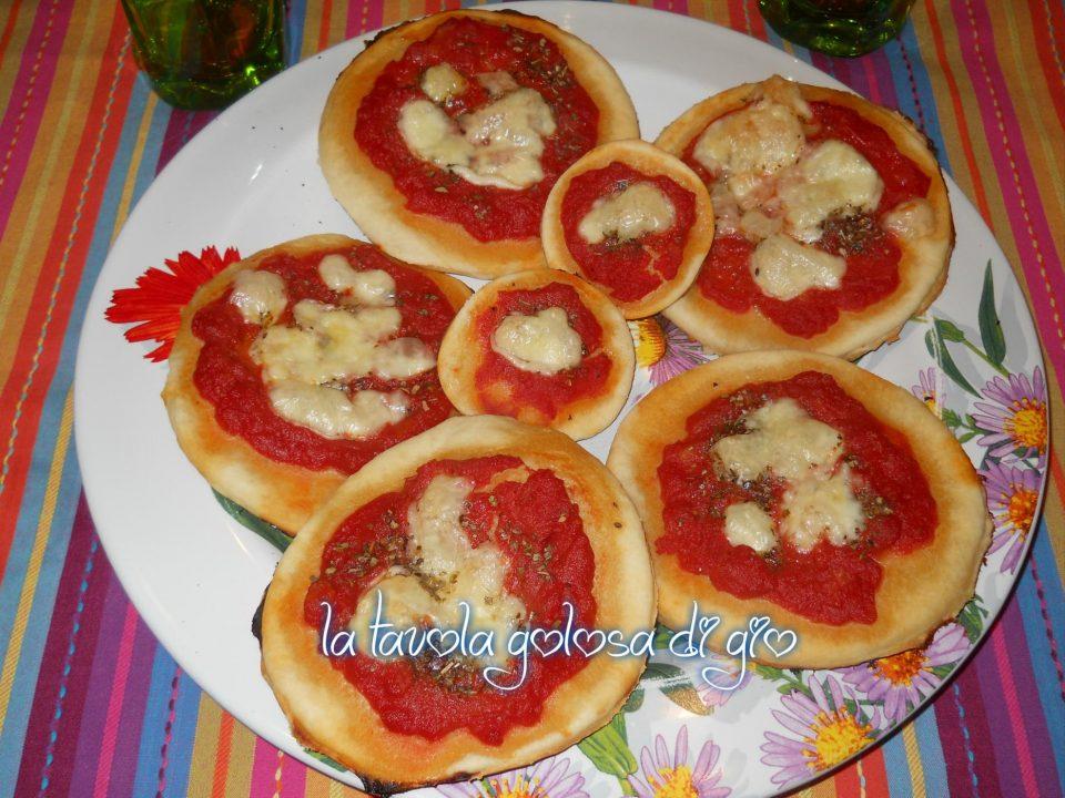 Pizzette senza lievito di Philadelphia