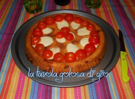 Torta salata con pomodorini morbida