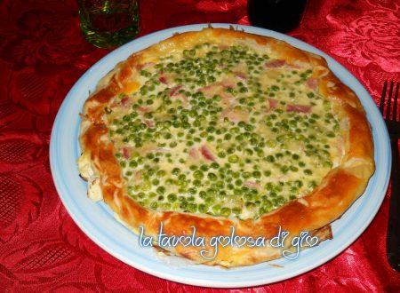 Torta sfoglia con panna e piselli tanto saporita