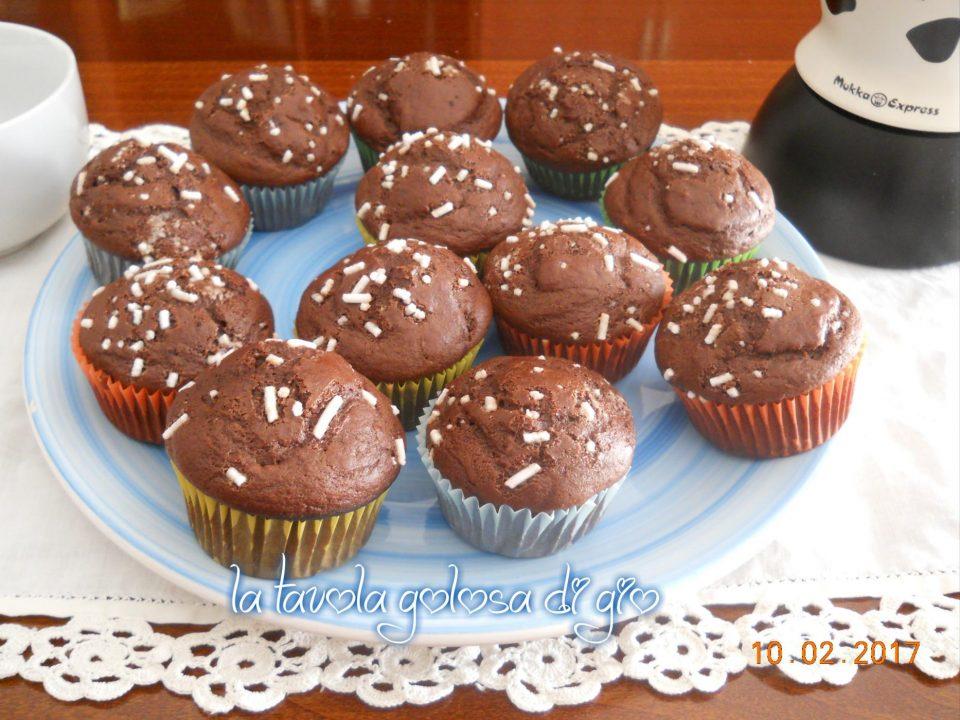 Muffin Senza Burro allo Yogurt con Cacao