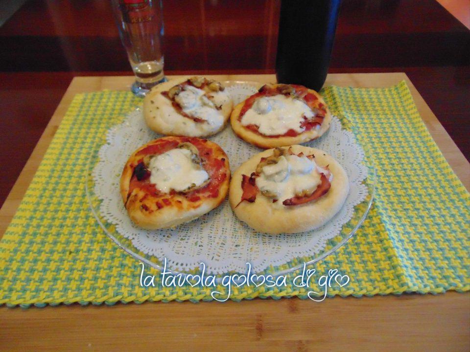 Pizzette per le feste tanto soffici