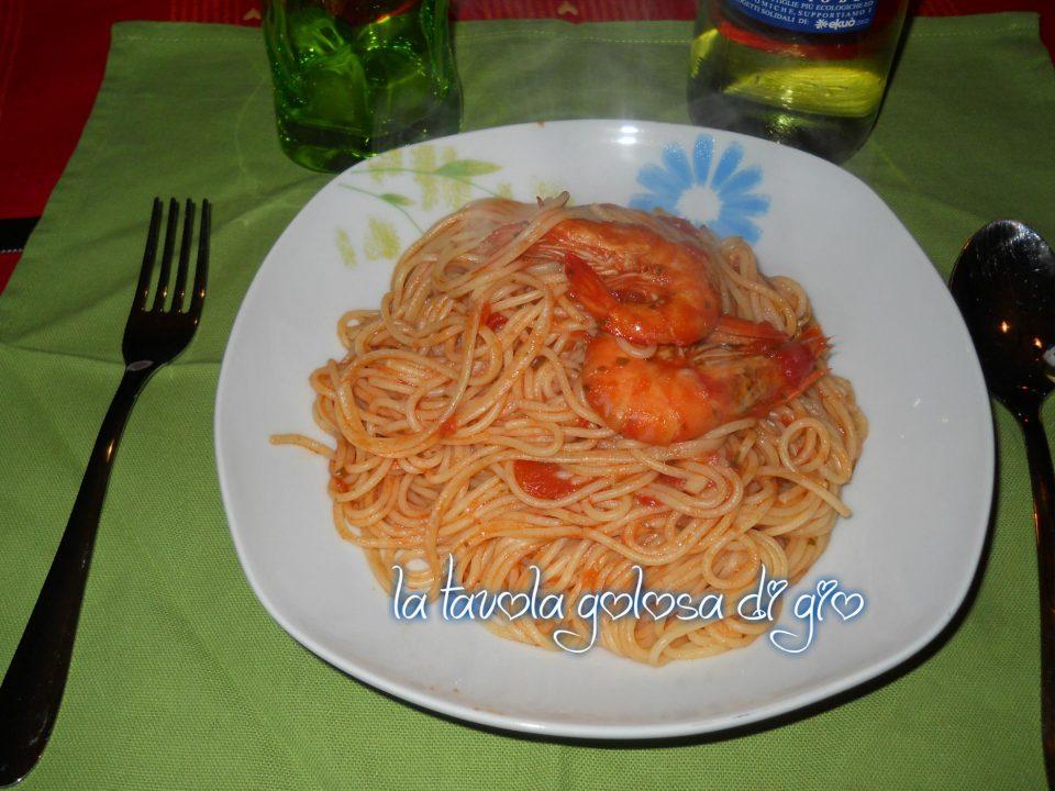 Spaghetti ai gamberi rossi e pomodoro