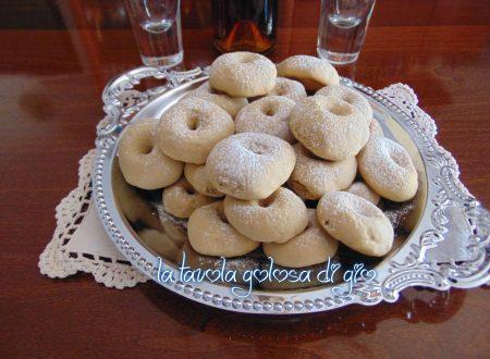 Biscotti morbidi con frolla al caffè