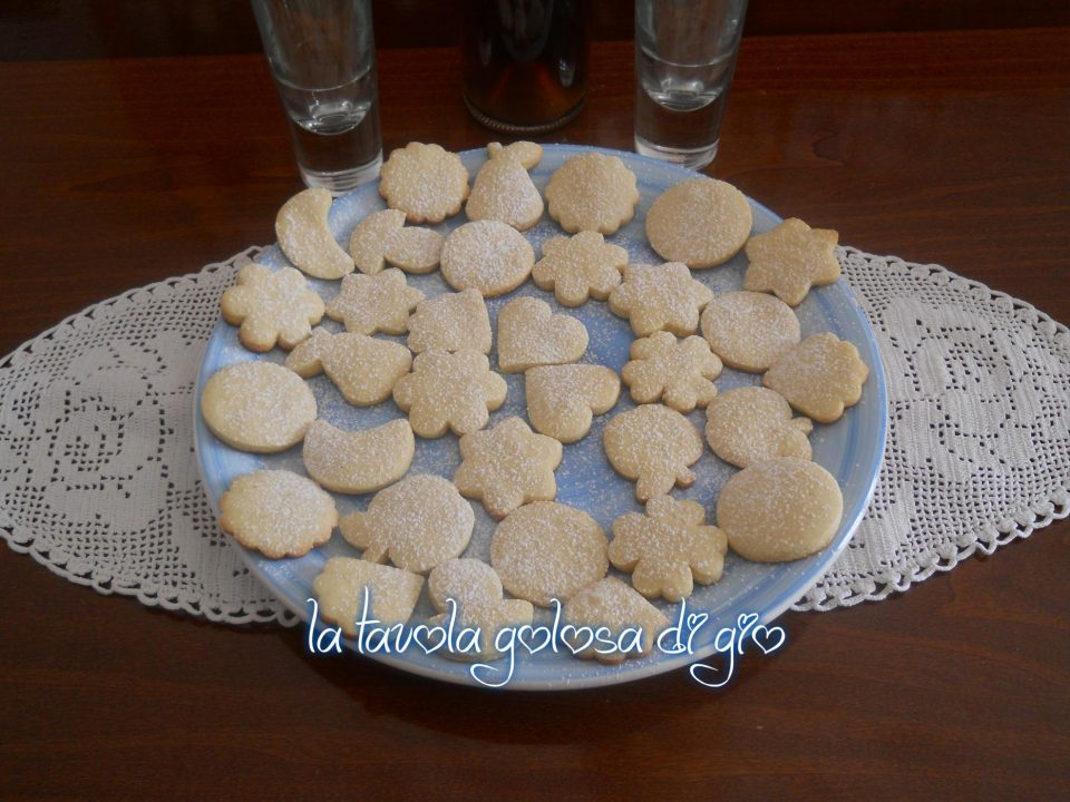Biscottini di Neve al Gusto di Mandorle