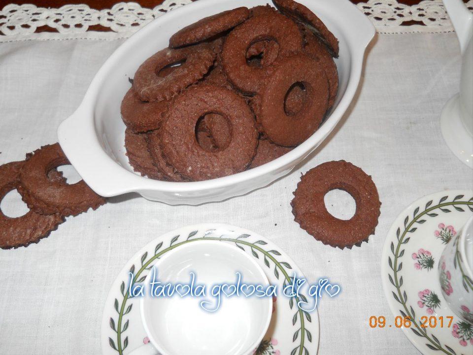 Frollini Morbidi di Panna e Cacao