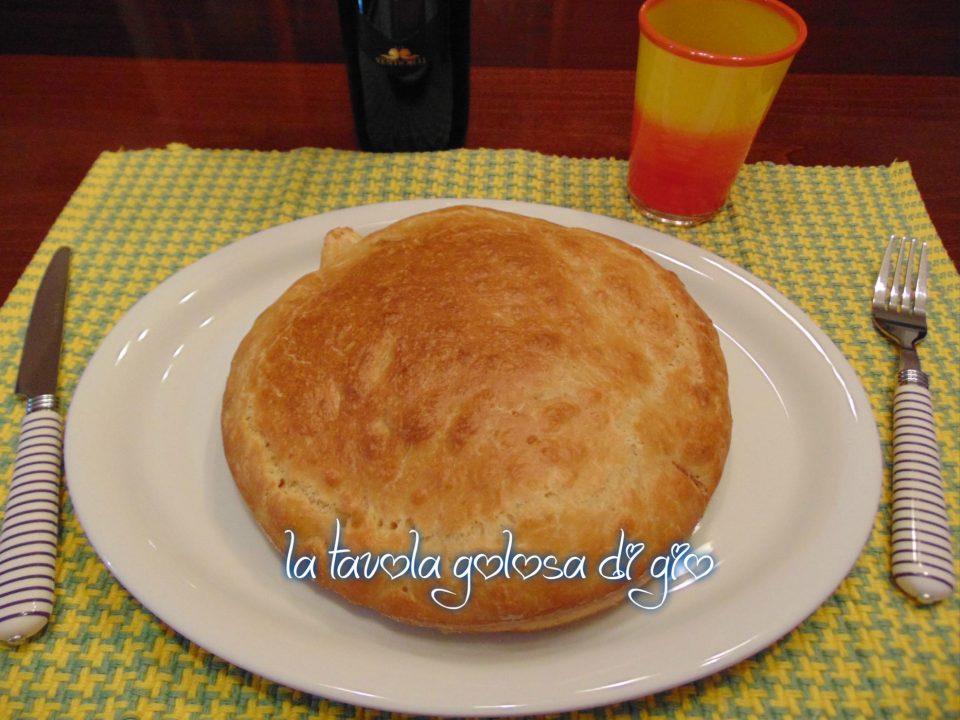 Torta Salata con Prosciutto e Provola