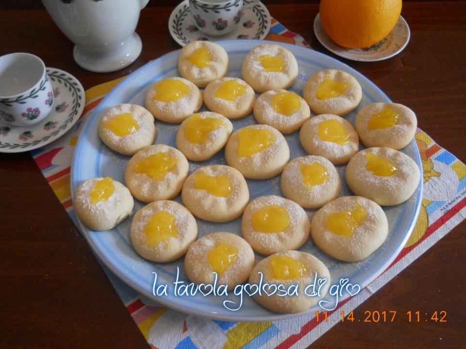 Biscotti Morbidi con Crema di Arancia