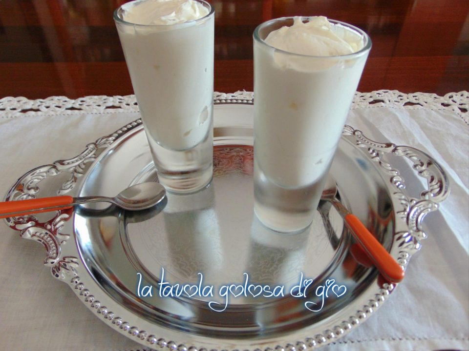 Crema allo Yogurt Senza Cottura