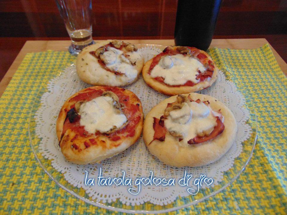 Pizzette Morbide al Pomodoro
