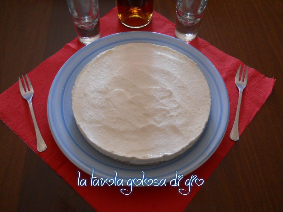 Torta al Cocco Senza Cottura con Wafer