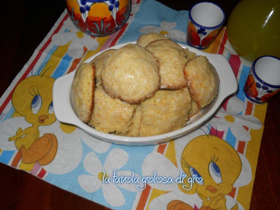 Biscotti soffici alla arancia
