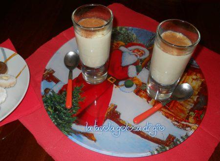 Cioccolata bianca calda e cannella