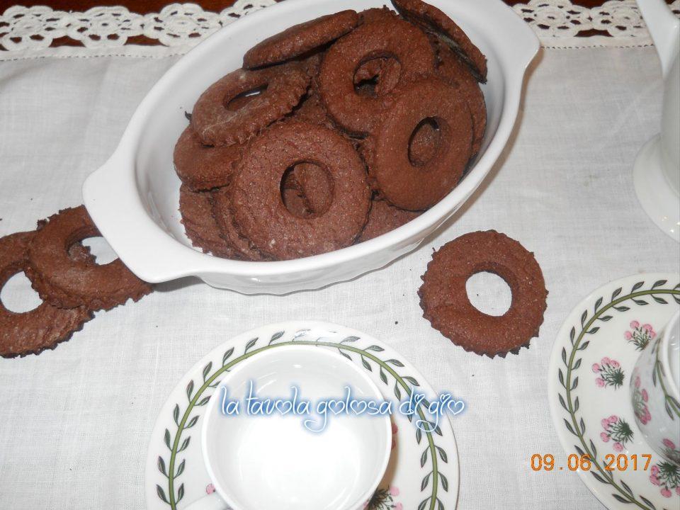 Frollini soffici di cioccolato e panna