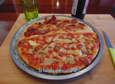 Pizza di pastella soffice in teglia