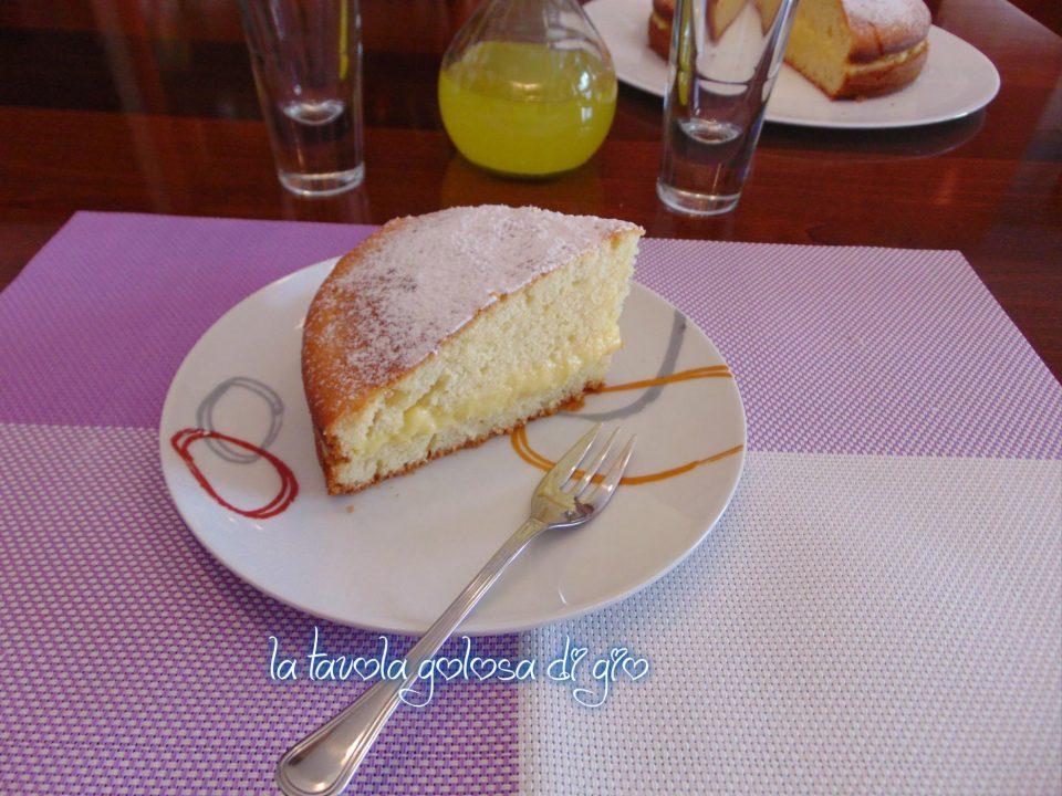 Torta allo Yogurt con Crema Golosa