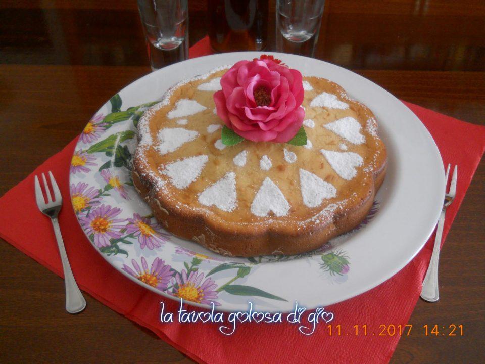Torta soffice con amarene e ricotta