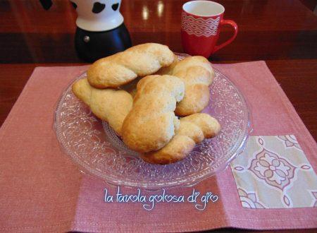 Biscotti siciliani al latte morbidi