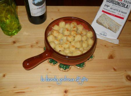 Gnocchi cremosi al gorgonzola