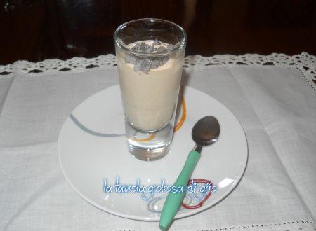 Shakerato al caffè e crema di nocciole