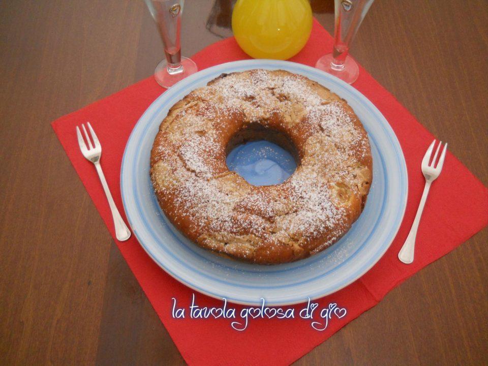 Torta mascarpone pere e cioccolato bianco