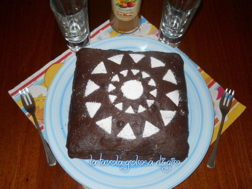 Torta morbida al cioccolato e panna