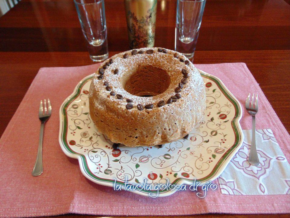 Ciambella Della Nonna al Caffè