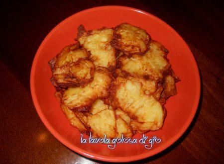 Frittelle di patate in pastella croccanti