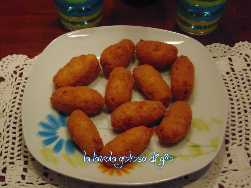 Nuggets di pollo in padella
