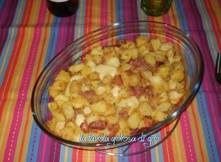 Patatine pasticciate con provola al forno favolose