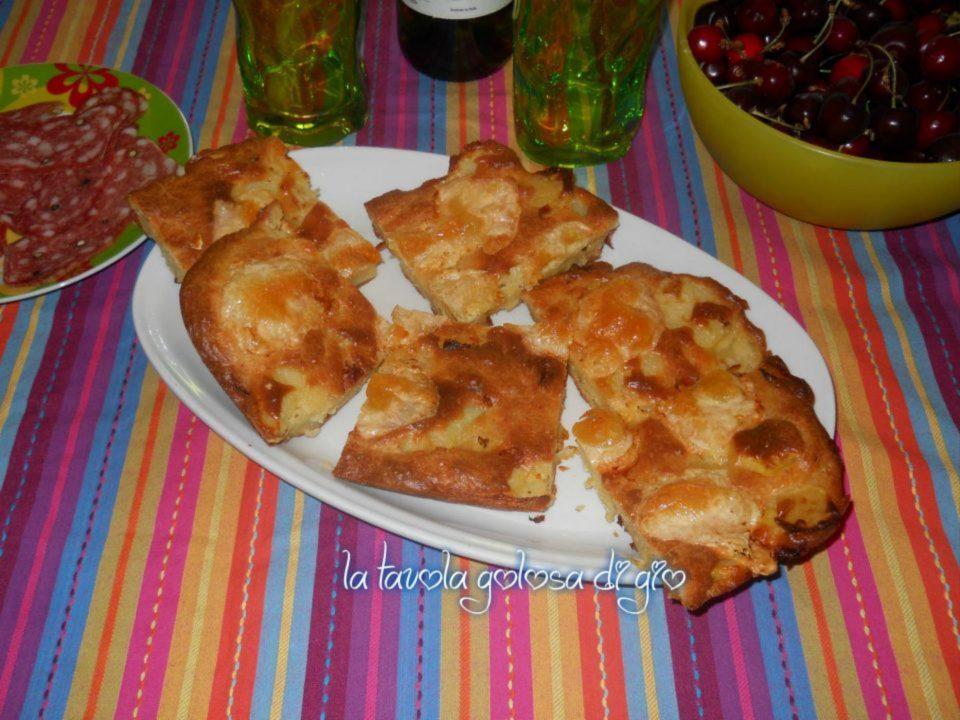 Sformato senza lievito di patate in pastella