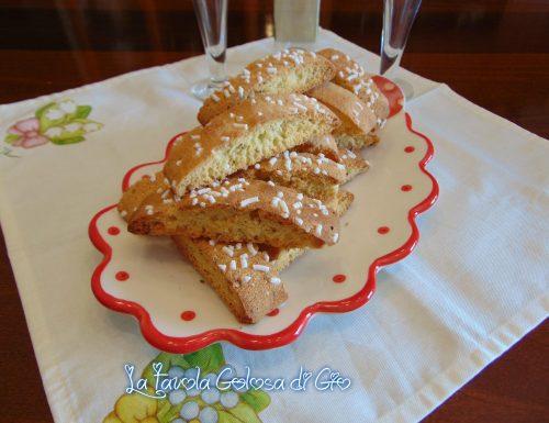 Biscotti anice e ricotta deliziosi e friabili