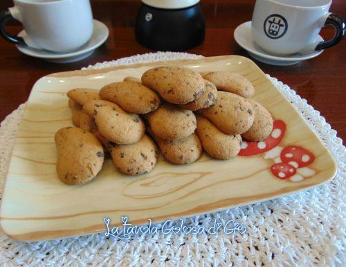 Biscotti goccioline con cioccolato bianco