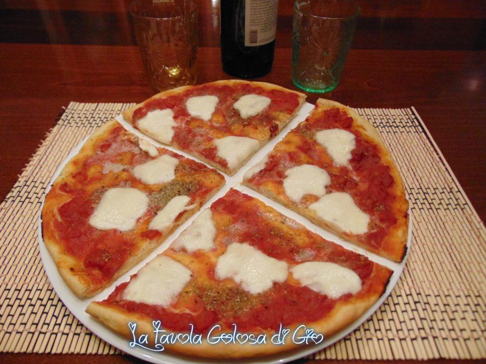 Pizza delle casalinghe tanto croccante
