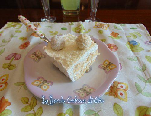 Torta Raffaello con savoiardi e cioccolato