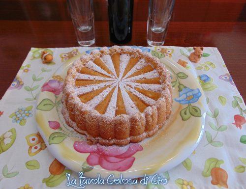 Torta morbidella con panna montata