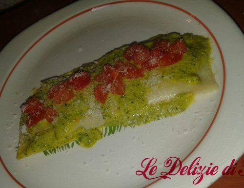 Ravioli tricolore con crema di zucchine