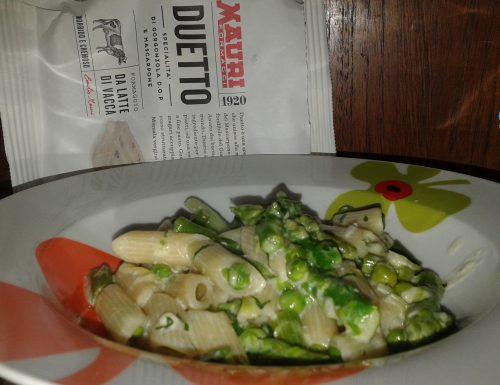 Penne con verdure in salsa di formaggio