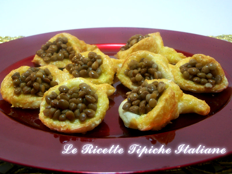 Cornucopie di pasta sfoglia con lenticchie cris diary for Antipasti ricette italiane