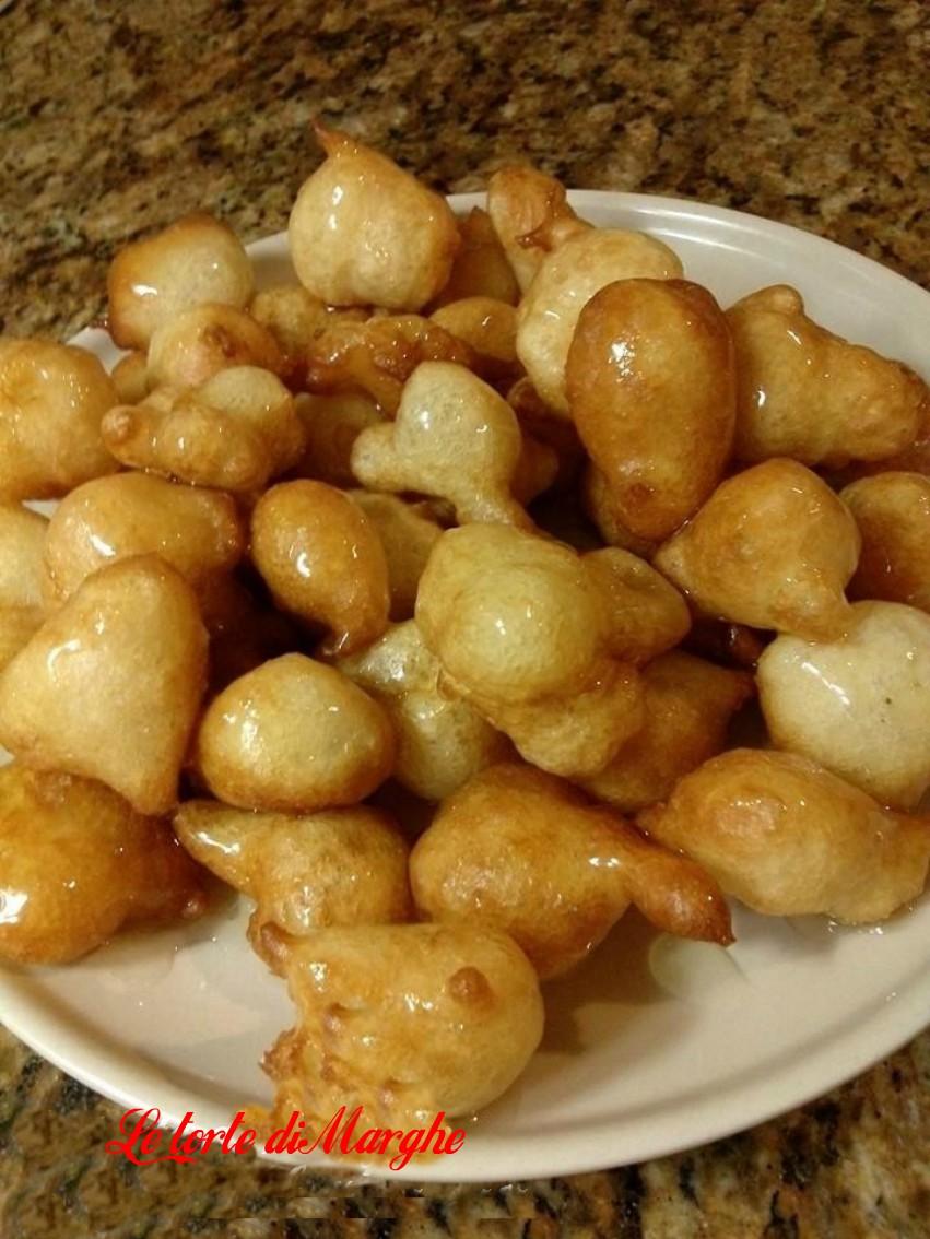 Frittelle al miele ricetta origine greca