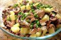 Insalata di polpo con piselli e patate