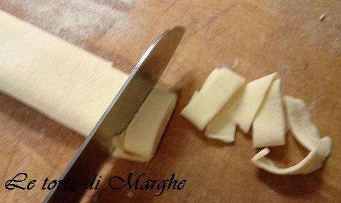 Lagane e ceci tradizione cucina lucana..