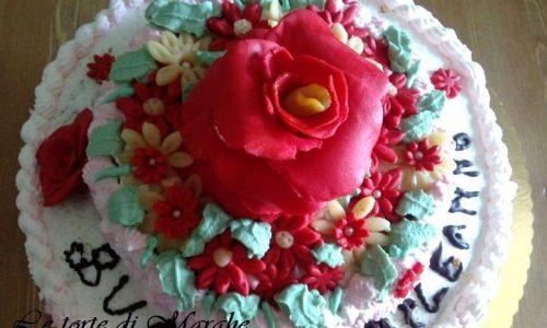 Torta di compleanno con rose in pdz…..