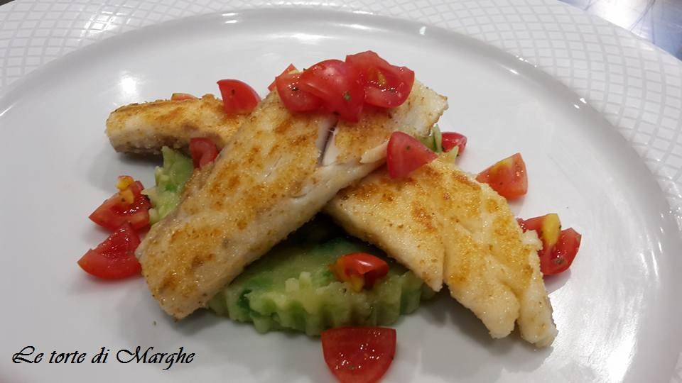 Filetti di spigola gratinata con verdure