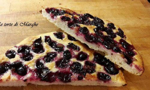 Focaccia con uva fragola – morbida……
