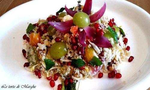 Quinoa con uva bianca e melograno…….
