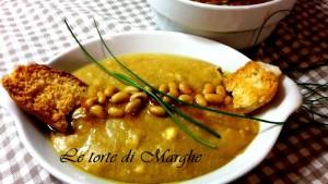 Zuppa e vellutata con fagioli di soia