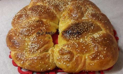 Treccia pan brioche farcito con speck