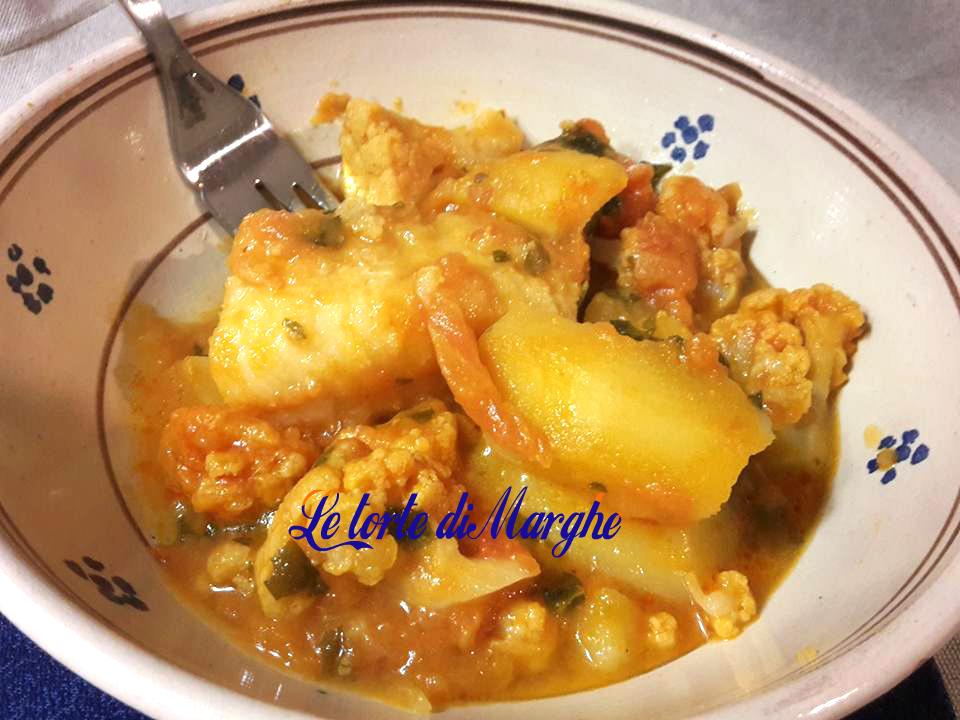 Baccalà in umido con patate e cavolfiore