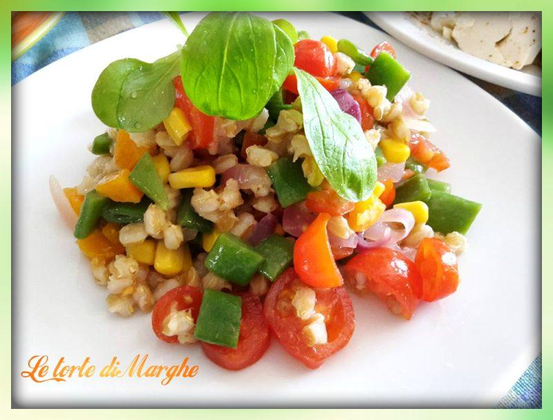 Insalata di farro con verdure di stagione